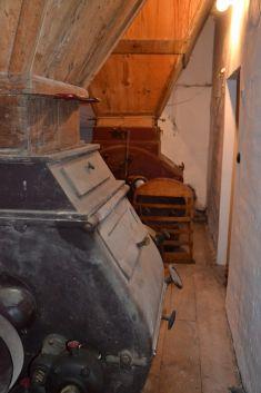 Stará anová (vyčistená) stolica
